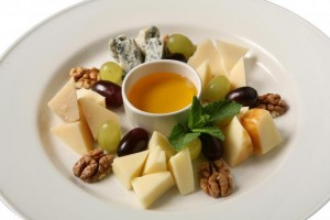 Правила подачи сыров
